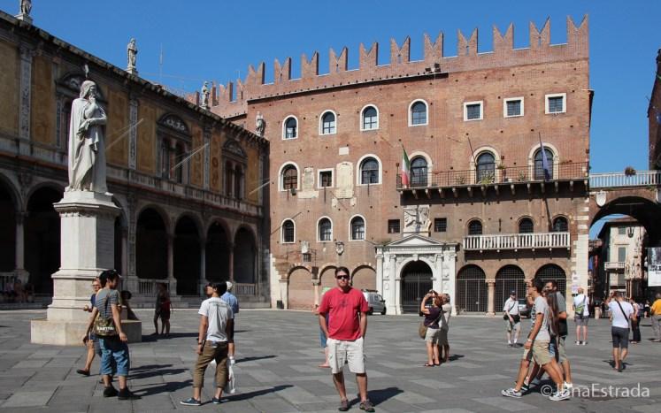 Italia - Verona - Piazza dei Signori
