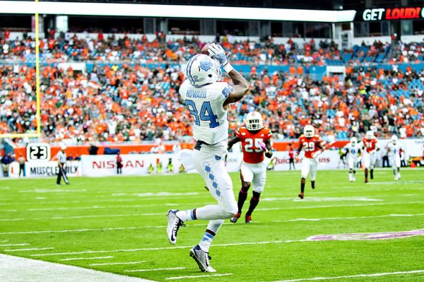 North Carolina WR, Bug Howard, catches a pass along the sideline