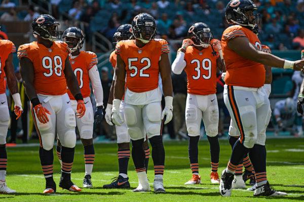 Chicago Bears outside linebacker Khalil Mack (52) and the Bears defense
