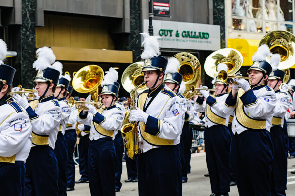 marching band thanksgiving day parade