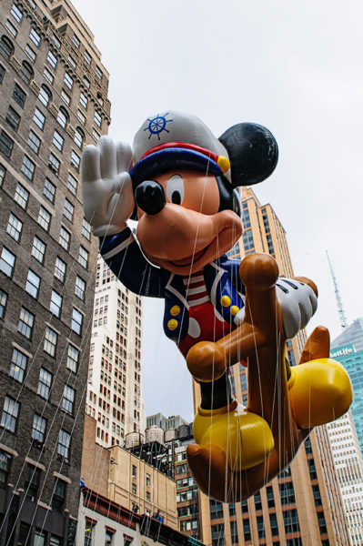 Mickey Mouse macys thanksgiving day parade