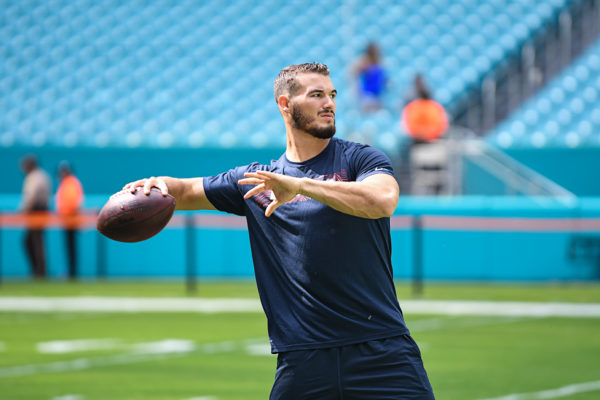 Chicago Bears quarterback Mitchell Trubisky (10) warming up