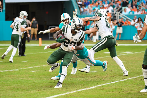 New York Jets running back Isaiah Crowell (20)