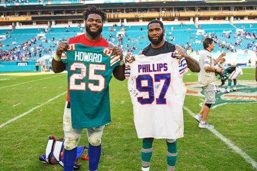 Miami Dolphins cornerback Xavien Howard (25) and Buffalo Bills defensive tackle Jordan Phillips (97)