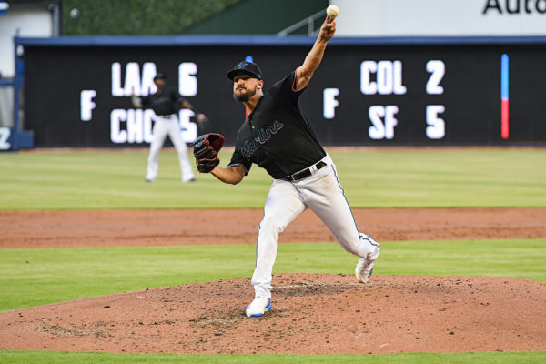 Miami Marlins starting pitcher Caleb Smith (31)