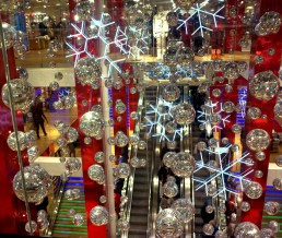 Uniqlo Christmas Display. Designed by Lot71. Built and Installed by JCDP