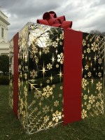 White House Christmas installation 2014. Produced by AgencyEA. Conceived and Built by JCDP