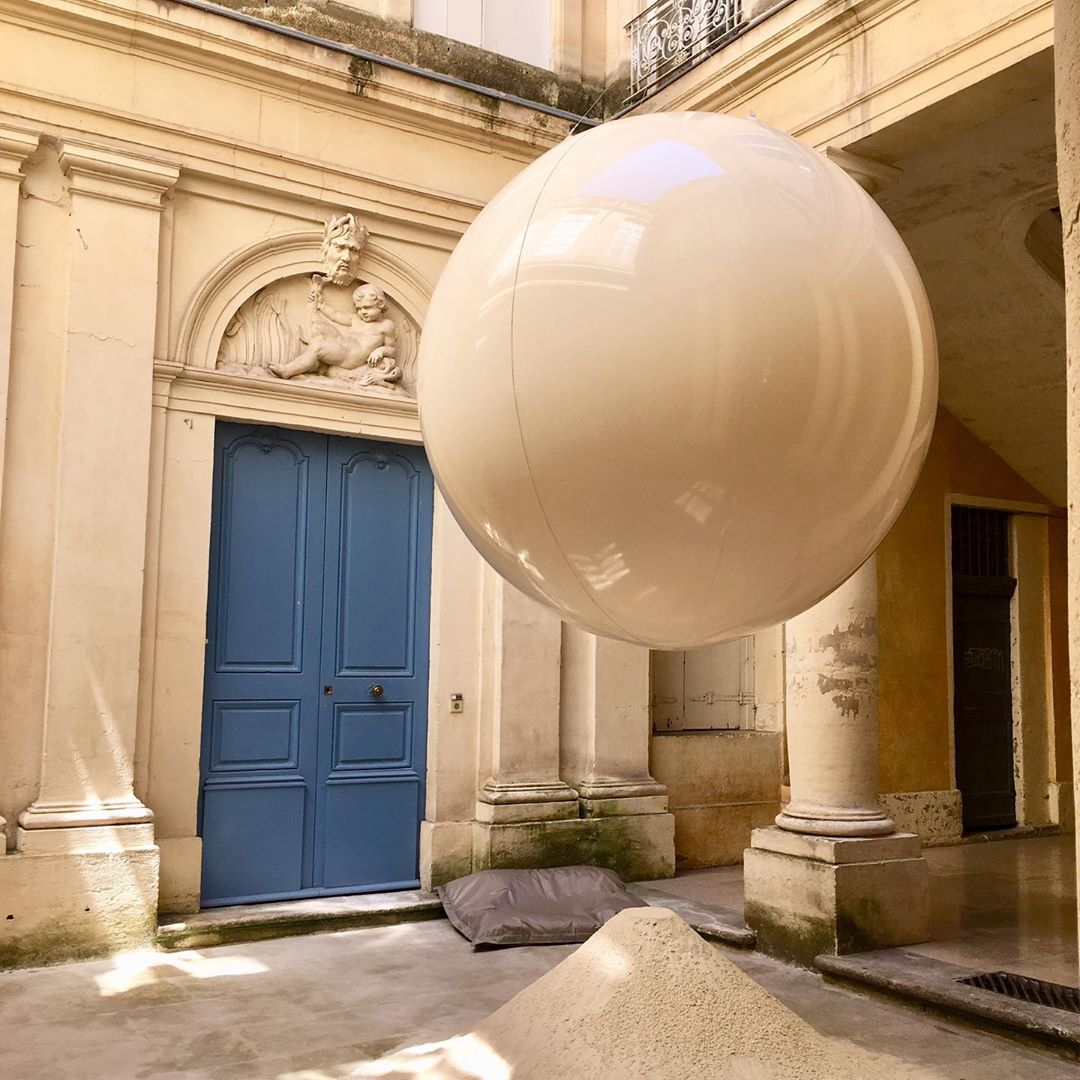 Ballon géant gonflable