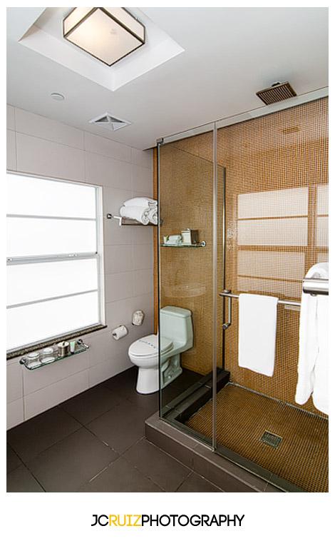 Suite bathroom of the Breakawater Hotel