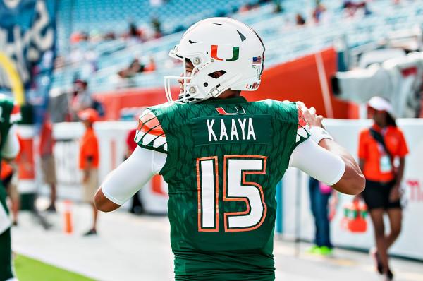 Miami Hurricanes QB #15, Brad Kaaya, takes practice throws