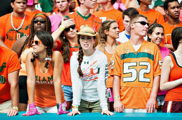 Miami Hurricanes student section get ready for kickoff