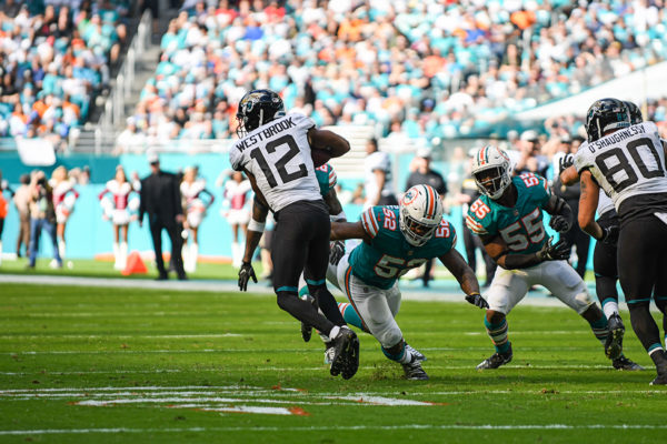 Jacksonville Jaguars wide receiver Dede Westbrook (12) makes a defender miss
