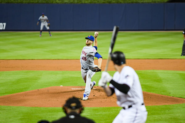 New York Mets starting pitcher Jacob deGrom #48