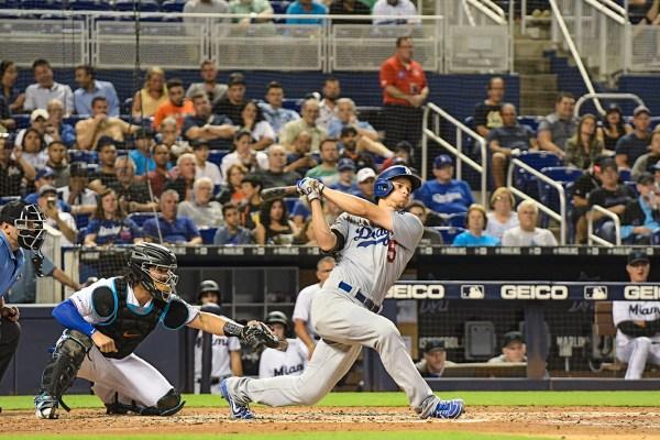 LA Dodgersshortstop Corey Seager (5) hits a homerun