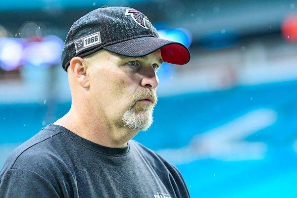Falcons head coach dan quinn