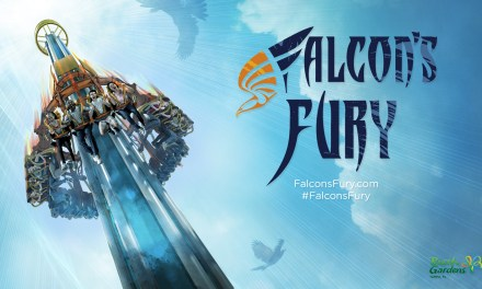 Osez Falcon's Fury, l'attraction qui vous projette face contre terre à 100 km/h !