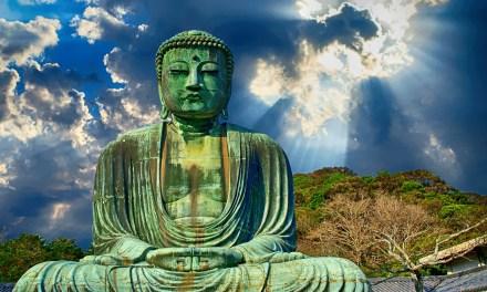 «Il existe plusieurs voies pour accéder au monde spirituel, et la méditation est l'une d'entre elles.» Omraam Mikhaël Aïvanhov