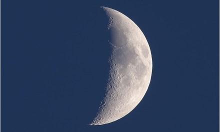 Pourquoi la Lune prend-elle la forme d'un croissant ?