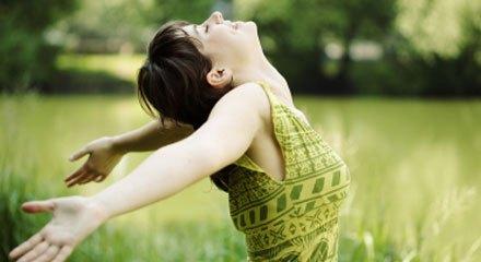 «Savoir respirer contribue beaucoup à l'harmonie et à l'équilibre intérieurs; mais pour cela, il y a quelques règles à connaître.