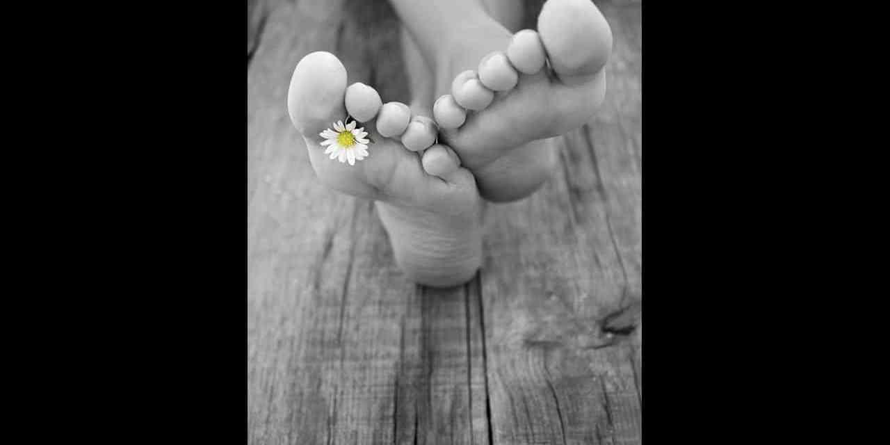 L'Astuce naturelle pour ne plus sentir mauvais des pieds.