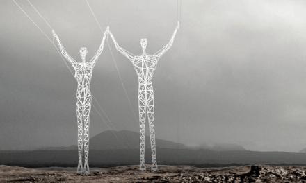 Islande: Silhouettes de pylônes électriques incroyables