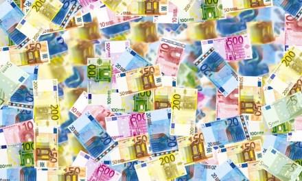 5 idées reçues sur l'argent qui vous enchaînent au quotidien. Changez votre attitude.