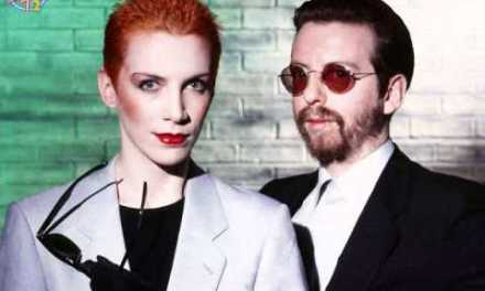 Eurythmics – Sweet Dreams (Are Made Of This) (Official Video)