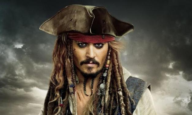 Johnny Depp débarque «en live» dans un hôpital pour enfants.