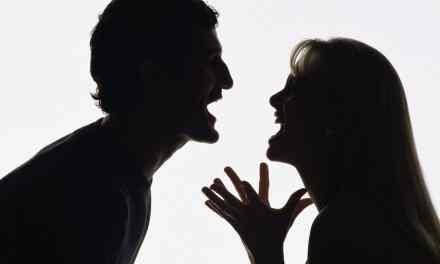 On parle beaucoup des pervers narcissiques, mais chez les femmes? est-ce que ça existe?