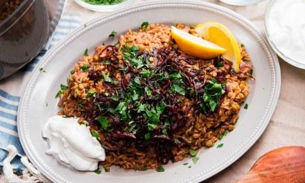 Lentilles et riz aux oignons caramélisés