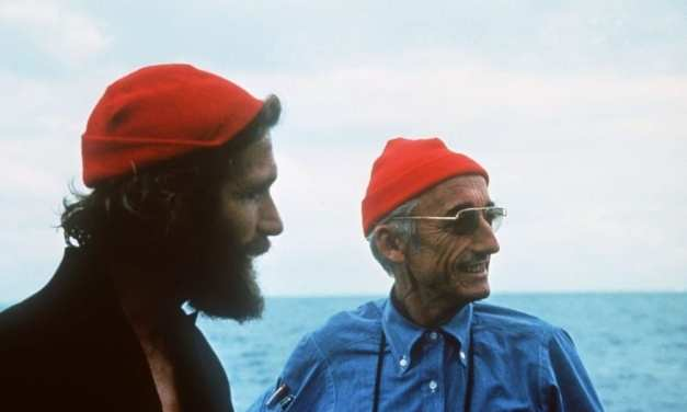 Pourquoi le commandant Cousteau portait-il un bonnet rouge ?