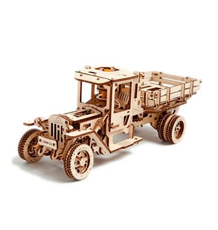 Construcción de Madera – Camión