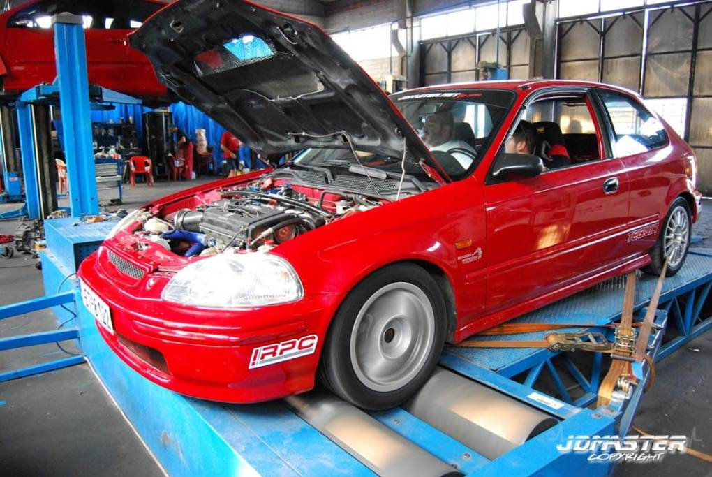 track-project-honda-civic-ek-b18c-time-attack-greece-10