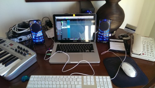 Momu's Mayakoba mobile studio setup.