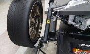 脱着作業の省力化・軽労化へ 東洋精器工業のタイヤチェンジャー「PIT ATHLETE-Ⅱ改」