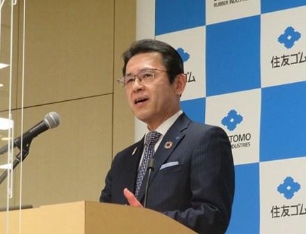 住友ゴム、横浜ゴムのトップが会見 コロナ後も見据え将来への期待示す