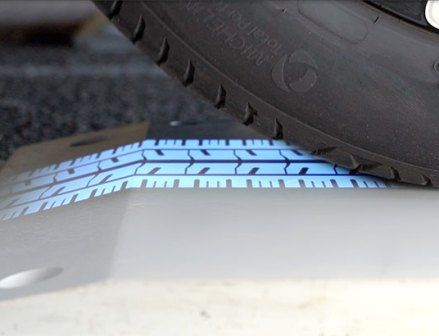 ミシュラン、車両点検ソリューションを強化 数秒でタイヤ点検を実現