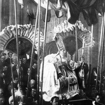La Béatification de Jeanne d'Arc, par Pie X, en 1909