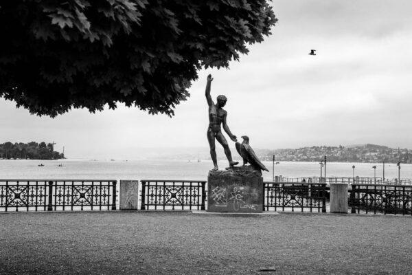 Zurich_Switzerland_Street_Photography_Hadrien_Jean-Richard-L1050945
