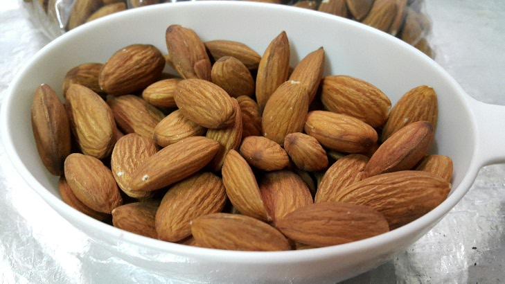 almonds for cookies jeddahMOm