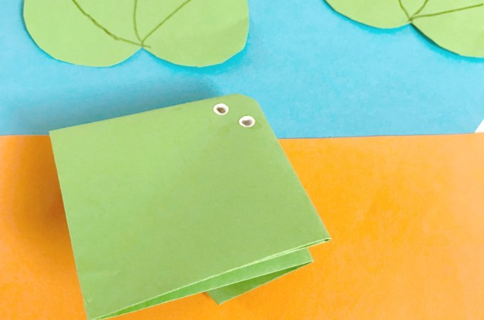 Origami frog craft for kids JeddahMom