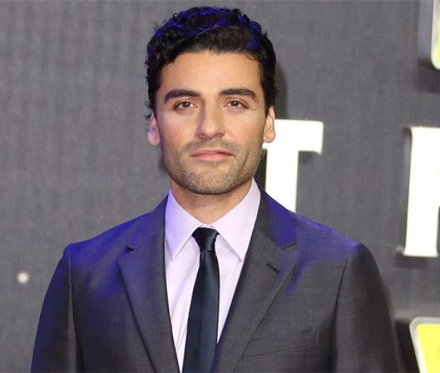 Oscar Isaac Who Busted Onto The Star Wars Scene As X Wing Pilot Poe Dameron In The Force Awakens Will Be Returning In That Same Role And More So In The