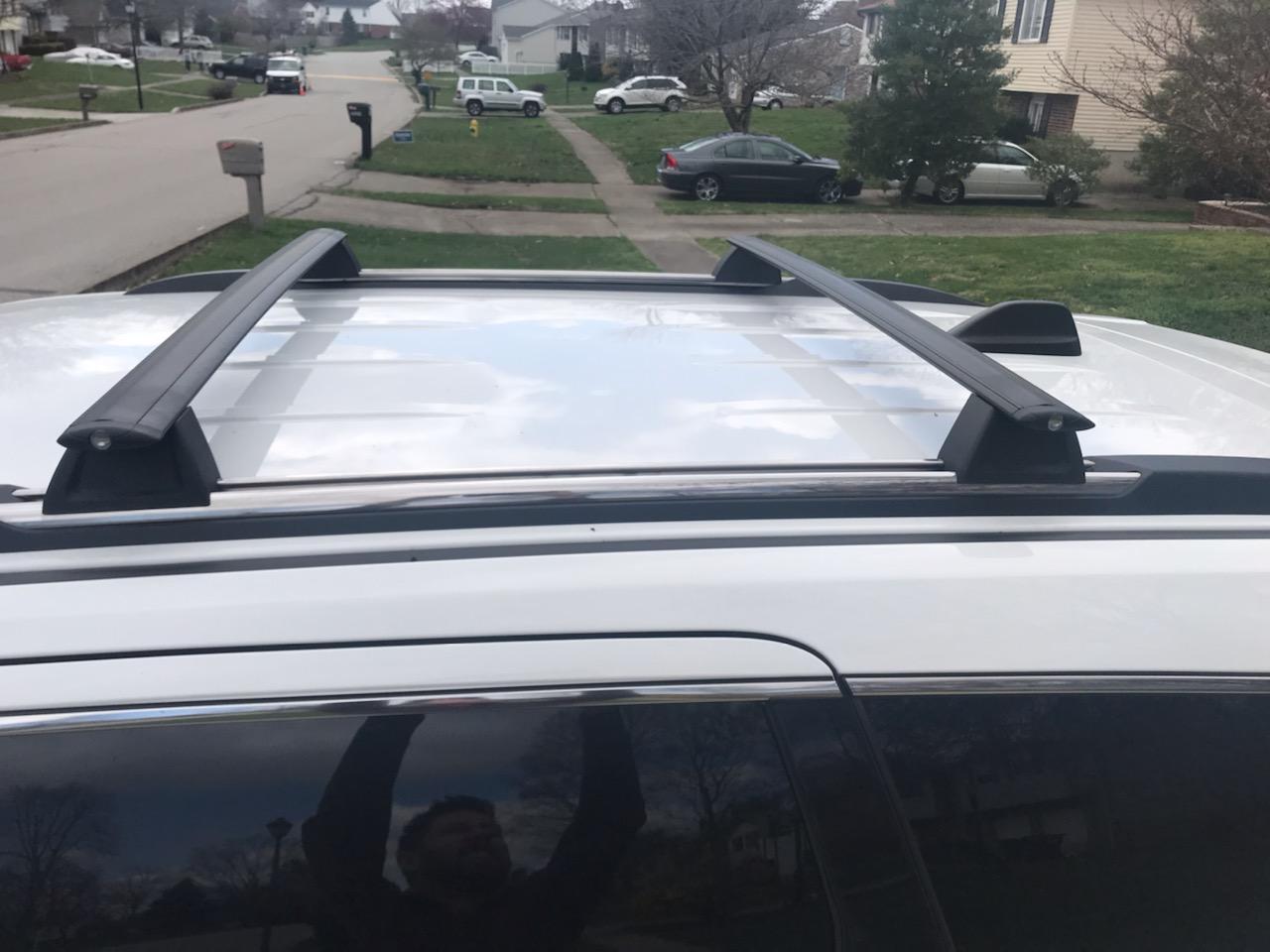 roof rack crossbars jeep garage
