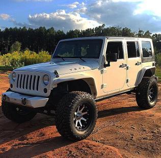 JeepWranglerOutpost.com-jeep-fun-c-76