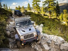 jeep-wrangler-outpost-Jeep-Wrangler_Rubicon_10th_Anniversary_2013_1600x1200_wallpaper_12