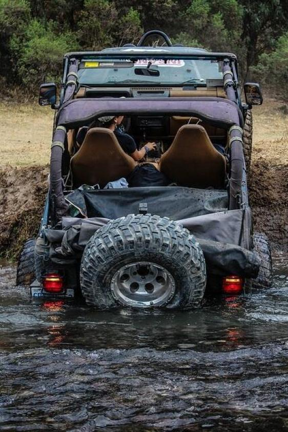 JeepWranglerOutpost.com-jeep-fun-f (3)