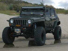 JeepWranglerOutpost.com-jeep-fun-g (3)