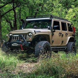 jeepwrangleroutpost-jeep-wrangler-fun-times-oo-230