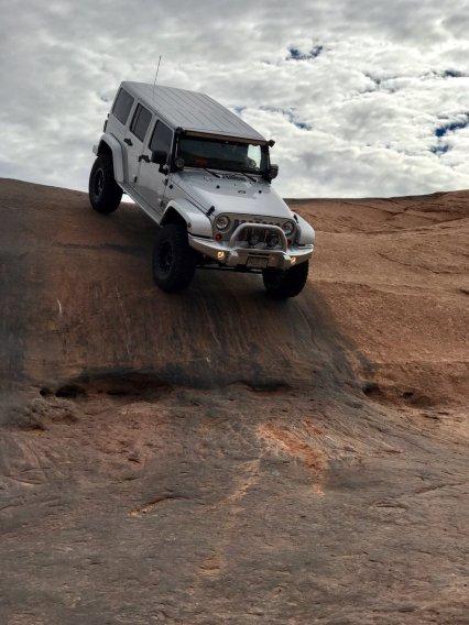 jeepwrangleroutpost-jeep-wrangler-fun-times-oo-92