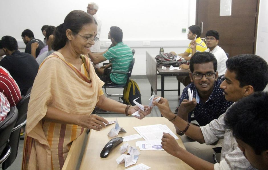 Origami Workshop - IIT Gandhinagar (7)